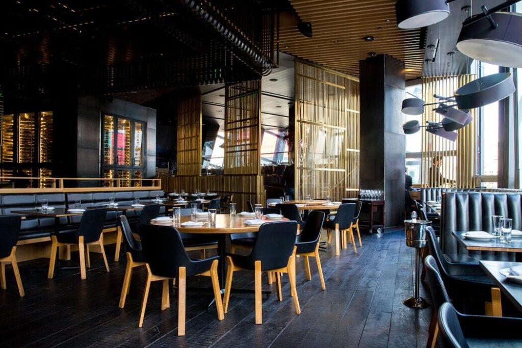 Coronavirus-ristoranti_-trattorie_-bar_-locali-pubblici-Heraldo.it-4-photo-Jason-Leung